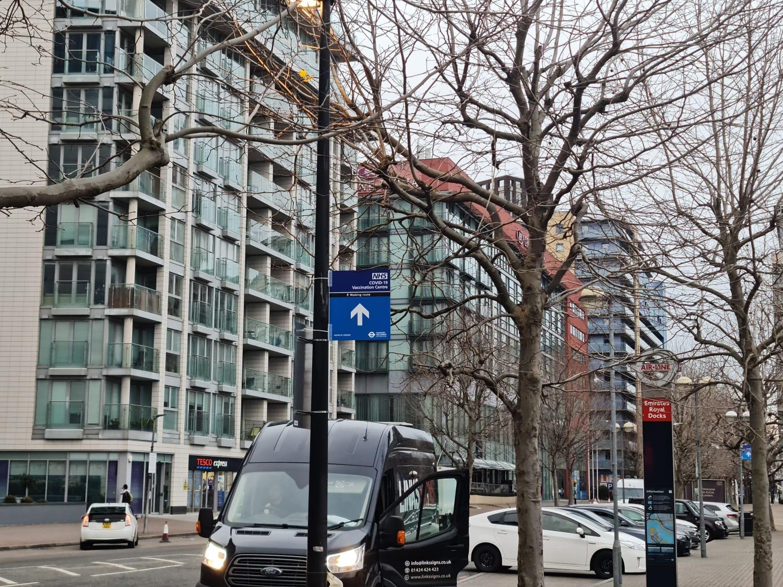 TfL path signage