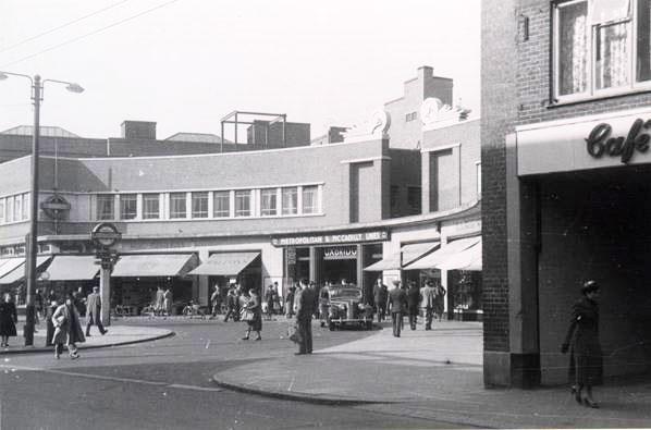 Uxbridge Station in 1945
