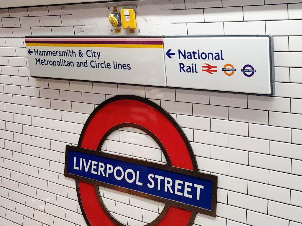 Liverpool Street wayfinding sign
