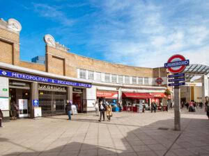 Newly restored Uxbridge station heritage roundel